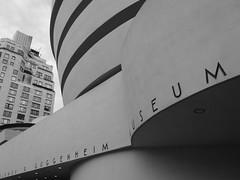 Guggenheim Museum (frederic.conte) Tags: city nyc blackandwhite usa ny newyork building museum architecture blackwhite unitedstates noiretblanc manhattan muse northamerica guggenheim ville noirblanc amrique etatsunis whright