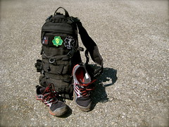 Rucksack Run (Pig Monkey) Tags: fast gear pack tad merrell tripleaughtdesign trailglove