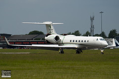 XA-CHA - 5182 - Private - Gulfstream G550 - Luton - 100609 - Steven Gray - IMG_3554