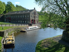 Overlooking the canal (jrw080578) Tags: trees buildings boats canal yorkshire huddersfieldnarrowcanal