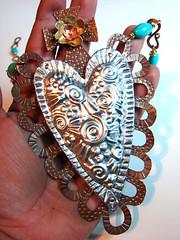 Корасон REPUJADO (Lorena Ангуло) Tags: алюминий сердце бирюзовый латунь, медь sacredheart repujado mixedmetals metalembossing lorenaangulo milagroheart