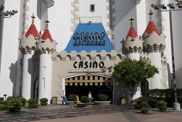 D2 excalibur casino entrance