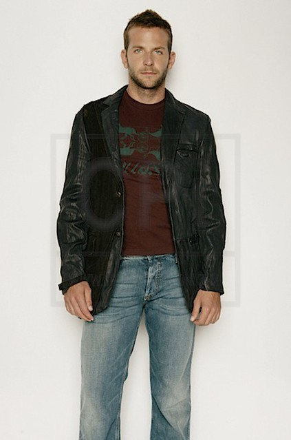 Bradley-Cooper-x3-bradley-cooper-7103757-430-650