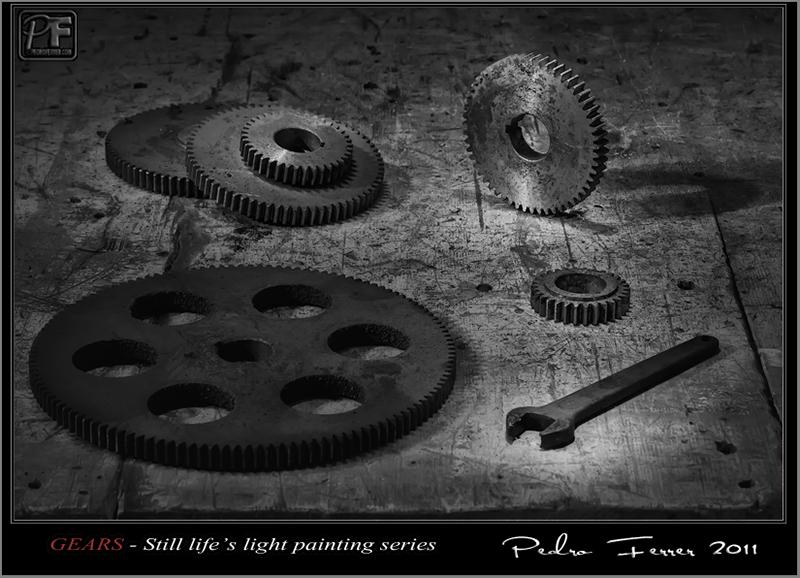 Gears - Still life´s light painting series