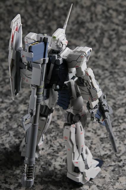 RX-0 UNICORN 001