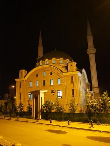 旅館旁的清真寺
