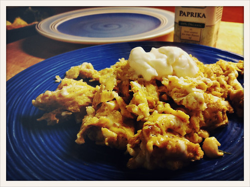 recipe, scrambled eggs with paprika and mayo