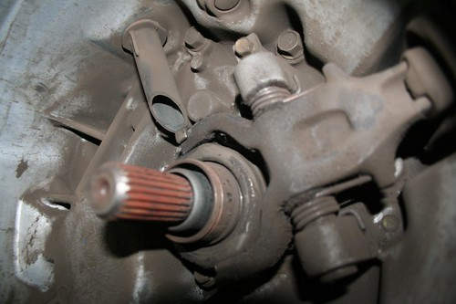 Service manual [2001 Mitsubishi Lancer Bearing Removal ...