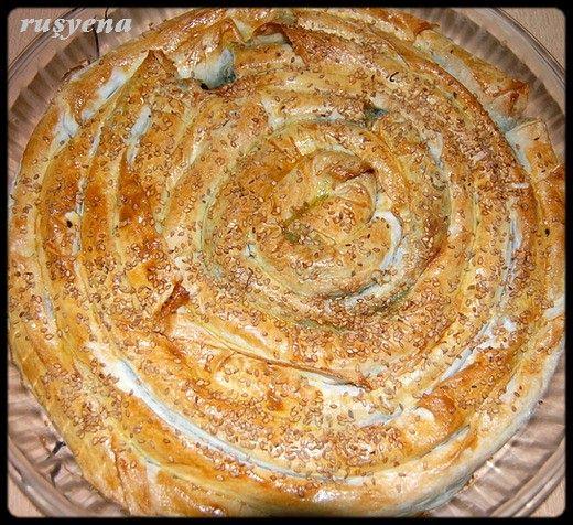 ıspanaklı kol böreği 1