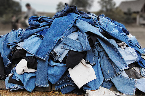 pile-of-jeans-1