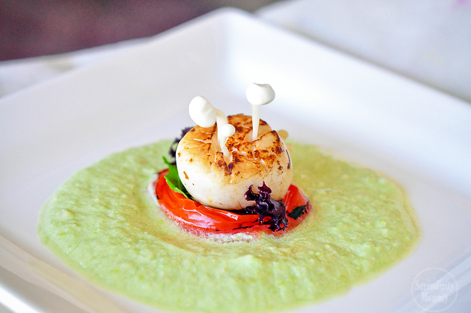 Seared Scallop in Exotic Marinade with Edamame Purée
