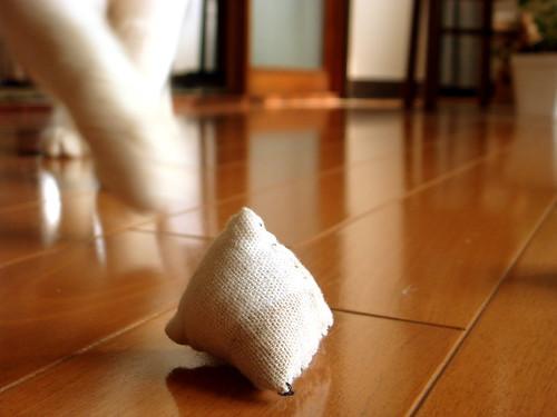 ネコのおもちゃ