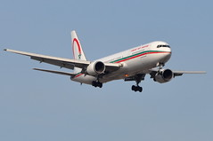 Royal Air Maroc (RAM) - Boeing 767-300ER - CN-ROG - John F. Kennedy International Airport (JFK) - April 9, 2011 1 559 RT CRP (TVL1970) Tags: airplane geotagged nikon aircraft aviation jfk boeing ram airlines ge asiana airfrance 767 airliners jfkairport generalelectric boeing767 kennedyairport b767 767300 gp1 d90 sobelair 767300er asianaairlines johnfkennedyinternationalairport b763 royalairmaroc cf680 boeing767300 cf6 jfkinternational kjfk nikond90 nikkor70300mmvr 70300mmvr themounds cnrog 767328er boeing767300er generalelectriccf6 nikongp1 cf680c2b6f fghgk oostf hl7200 767328