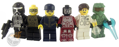 Custom minifig Features an assortment of characters