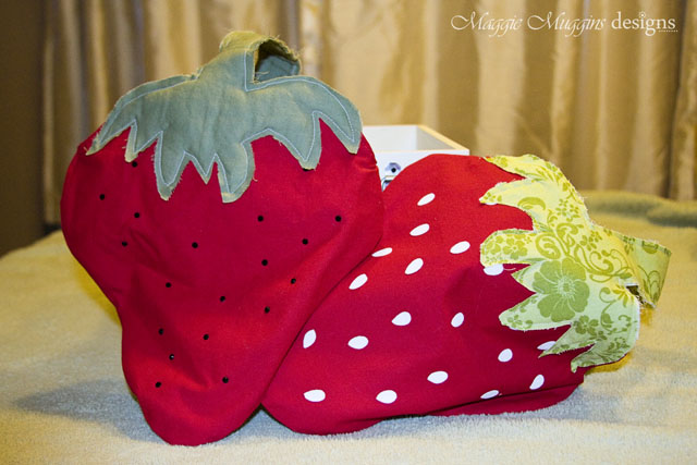 Strawberry Totes with Seeds
