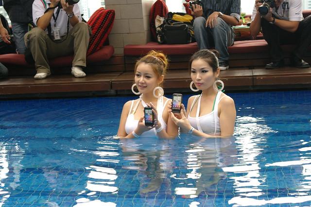HTC Flyer-11