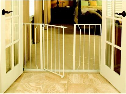 Regalo Easy Open Super Wide Walk Thru Gate   White