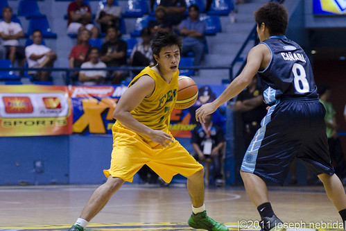 2011 Filoil Flying V Preseason Tournament: FEU Tamaraws vs. Adamson Falcons, April 16