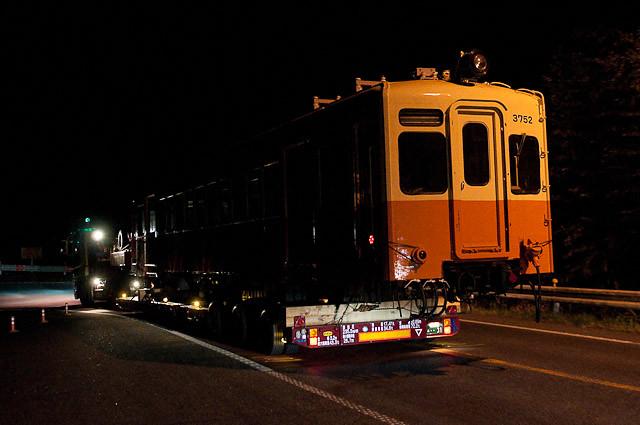 北陸鉄道モハ3752 千葉県いすみ市へ陸送される