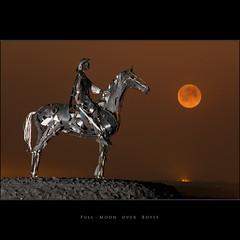 Full-Moon over Boyle (Tony Murphy) Tags: boyle redmoon fullmoonrising thegaelicchieftain