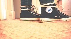 (\||||o___o||||/) Tags: black girl star all pants si yo que nia converse ramones taylor chuck negra tal hola zapatilla pitillos