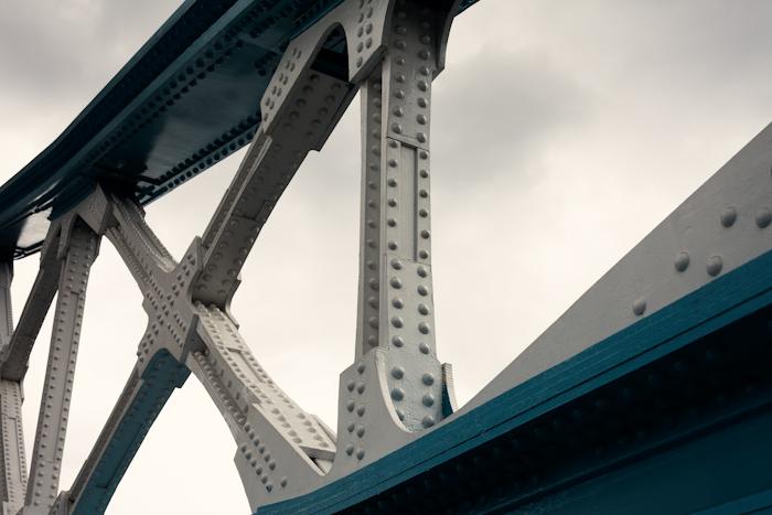 LONDON011, TOWER BRIDGE