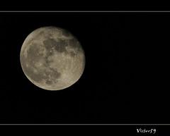 Luna... (sirVictor59) Tags: moon nikon luna cielo d300 sirvictor59 sigma150500 mygearandme