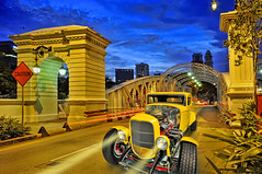 Mark in your diary. Come September, Anderson Bridge will be closed for the F1 Night Race... (williamcho) Tags: heritage classic tourism photoshop vintage singapore ngc bridges racing grandprix event bluehour formula1 attraction racecars fastcars d300 otw colorphotoaward thisphotorocks f1nightrace marinabaycircuit topazlabadjust williamcho anderfonbridge