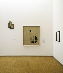 Moholy-Nagy, Composition A.XX in gallery