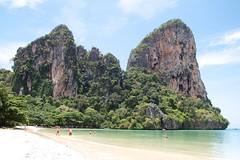 Railay beach (RomainPa) Tags: canon thailand tamron krabi thailande railay railaybeach tamron1750 canon7d totallythailand