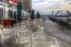 一休みしようか。 (Takanori Kishikawa) Tags: bridge sea sky cloud japan canon table landscape chair hdr toyosu kotoku lalaporttoyosu