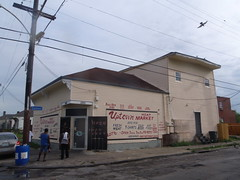 uptown meat market (anthonyturducken) Tags: signs man sign tom louisiana hand painted neworleans handpainted signage script unk unc vernacularsignage tomthesignman