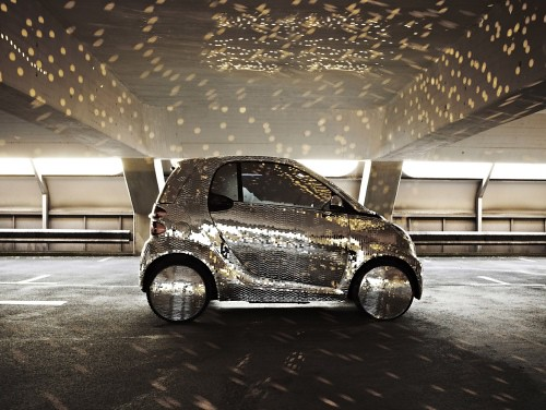Disco-Ball-Smart-ForTwo-Electric-Drive-01