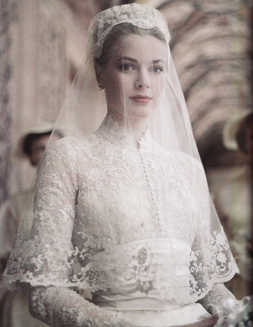 grace-kelly-bride-790440-794x1024