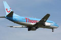 Thomson Airways - G-THOP (Andrew_Simpson) Tags: landing thomson boeing gatwick 737 lgw gatwickairport londongatwick 737300 egkk thomsonflycom londongatwickairport thomsonfly n335aw gthop thomsonairways thomsonairwayscom ggdfo