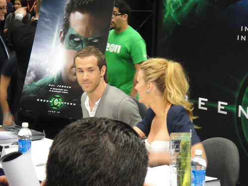 WonderCon 2011 - Ryan Reynolds and Blake Livel...