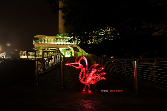 photology 1 april 2011 (light graffiti)