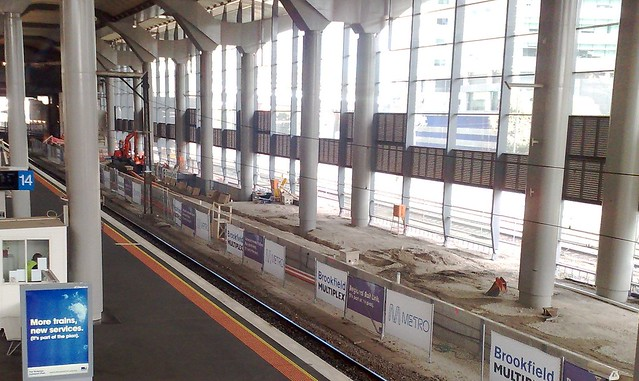 Southern Cross Stn: Platforms 15+16 under construction