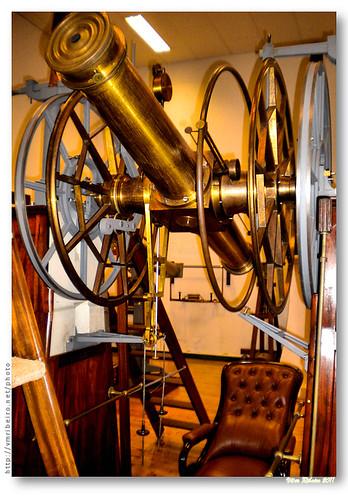 Antigo telescópio by VRfoto