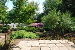 Frederick Douglass Gardens in DC's Anacostia neighborhood (by: Tone Walker, creative commons license)