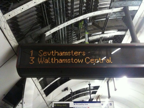 Sevthamsters on Victoria Line by @AboutLondon