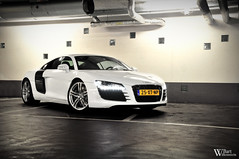 Audi R8 (Bart Willemstein) Tags: auto white black building cars netherlands car dark underground office nikon cross photoshoot garage flash automotive cs nikkor process audi hoofddorp r8 fotoshoot nieuwvennep bartw d300s autogespot autogespotcom bartwillemsteinnl