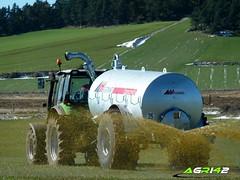 Deutz-Fahr M610 et Agrimat Farmer (agri42) Tags: france farm tractors loire hauteloire bigtractors agri42 deutzfahrm610etagrimatfarmer