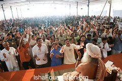 Sadhguru-Inner-Engineering-Mysore-18April-17 (Isha Foundation) Tags: india yoga meditation enlightenment mysore innerpeace wellbeing ishayoga spiritualpractice ishafoundation sadhgurujaggivasudev innerengineering guidedmeditation ishafoundaitonorg