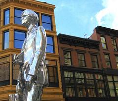 Andy Warhol Statue (SHOTbySUSAN) Tags: nyc newyorkcity ny newyork andywarhol unionsquare thefactory onlyinnewyork robpruitt shotbysusan andywarholstatue bloomingdalesshoppingbag yahoo:yourpictures=sculptures andywarholstatueunionsquare andywarholstatuebroadwaynyc