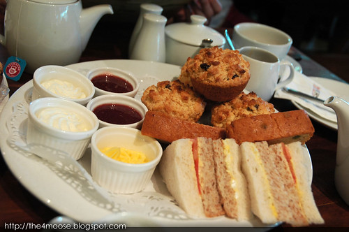 Fosters - Devonshire Cream Tea Set