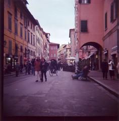 Break in Borgo Largo (Gabriele Cappello) Tags: 120 film mediumformat lomo lomography kodak lofi pisa diana toscana expired portra largo 800 borgo medio formato scanfromprint flickrsicilia