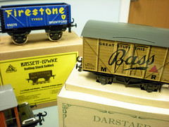 "O scale wagons • <a style=""font-size:0.8em;"" href=""http://www.flickr.com/photos/58046044@N03/5660490894/"" target=""_blank"">View on Flickr</a>"