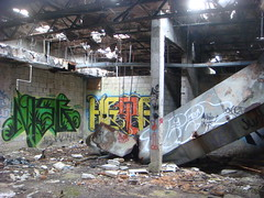 heet msg (assholetaggerz) Tags: graffiti miami homestead msg airbase heet penit
