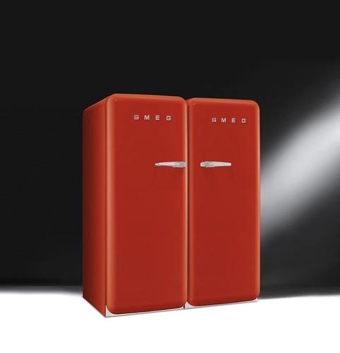 red design fridge colours style 50s freezer rosso kühlschrank refrigerators smeg anni50 50er redfridge frigoriferi fab28 congelatori frigoriferocolorato frigoriferorosso colouredfridge retrofridges kühlschranksmeg smeg50er kühlschrank50er